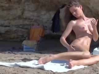 Caprice kails pludmale