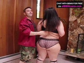 Gigants nepieredzējošas sieviete nobriedušas pakaļa super izmērs 1