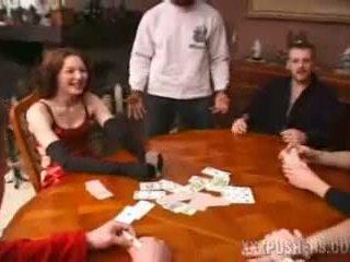 Laimīgs gangbang pie a card spēle