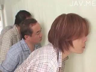 اليابانية, اللسان, صنم القدم