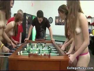 कॉलेज, कट्टर सेक्स, समूह सेक्स