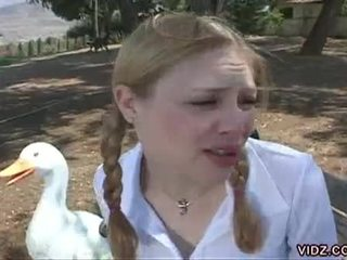 ung, oskyldig, lesbisk