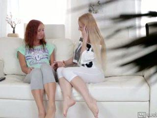 Olivia grace और nikky teasing assholes <span class=duration>- 6 min</span>