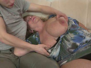 veľké prsia, babičky, matures