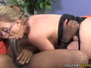 Hot cougar Jenna Covelli takes two BBC's <span class=duration>- 8 min</span>
