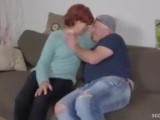 Samm poeg võrgutamine inetu karvane vanaema kuni fuck ja neela