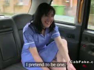 मोटा ब्रिटिश नर्स में fake taxi