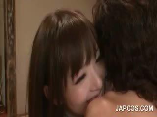 호리 호리한 fragile 아시아의 geisha teasing pecker 와 그녀의 입