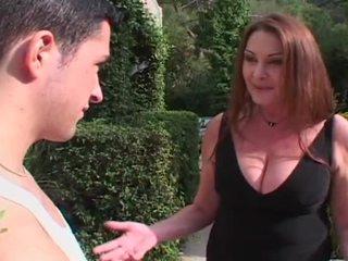 শ্যামাঙ্গিনী, বড় শিশ্ন, বড় tits