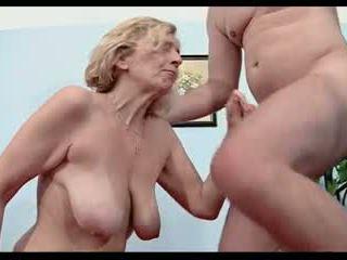Anti-vac vecmāmiņa 51yrs
