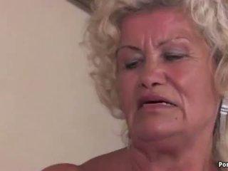 סבתא screams תוך מזוין קשה