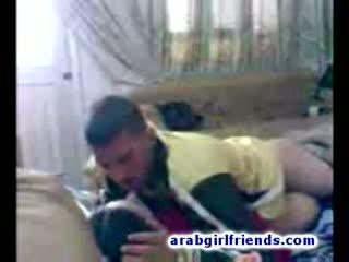 Turned na arabského pár jít nezbedný zkurvenej v horký domácívyrobený