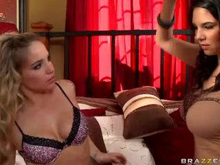 Missy Martinez And Sienna Milano Lesbian Babes Love Bubbles Rubbing