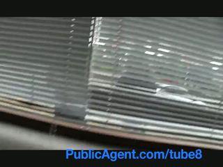 Publicagent britisk brunette knullet hardt av tjekkisk stor kuk