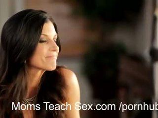 Muda pasangan fucks seksi mama