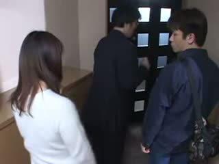 Japanilainen äiti pyydettyjen hänen husbands masturbate video-