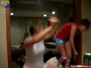 Bêbeda bitches em webcam