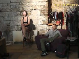 Sexy guy does interview over porno in backstage klem.