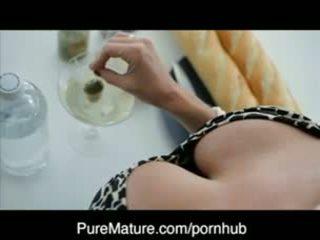 Puremature martini dönüş üzerinde ile nemfomanyak veronica avluv