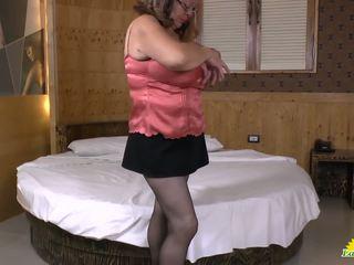 Latinchili latina madura solo masturbándose: gratis hd porno 10