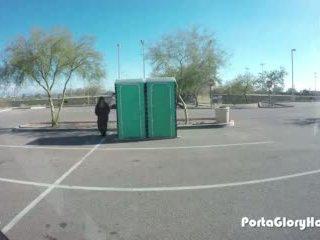 Porta vrimë topolake lavire në publike gh