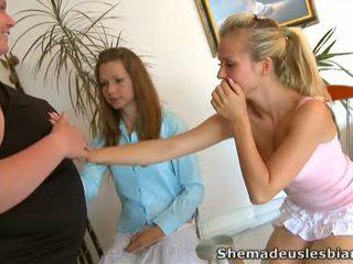Pārbaude sensuous cookie fuking kustība apkārt naomi un viņai karstās draugs.
