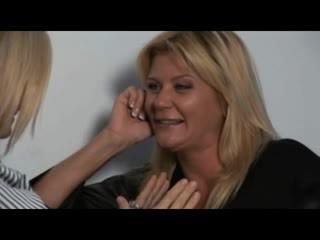 Nina, ginger & melissa - heiß milfs im lesbisch encounters