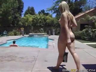 Alexis texas rides um gorda caralho depois taking um duche vídeo