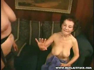 Hård xxx gammal mormor porno