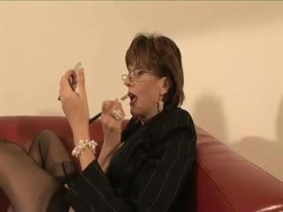 Läkkäämpi sukka femdom jalkaa licking