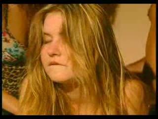 รัสเชีย วัยรุ่น เป็นครั้งแรก ก้น pr1 วีดีโอ