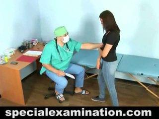 23 yo vika और हॉर्नी gynecologist