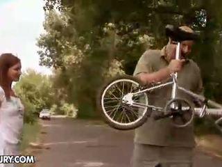 Fissare il mio bike e ill fissare voi dopo