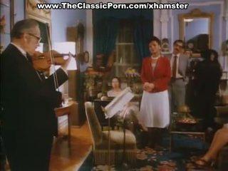 Klasikinis porno su retro damos