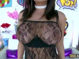 Waar anaal rondborstig aziatisch kaylani lei has haar bips pounded