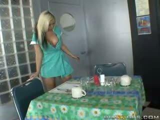 制服, waitress