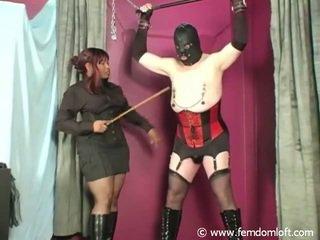 Zwart meesteres en sissy