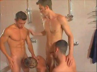 Panas gay showers pesta seks berkumpulan