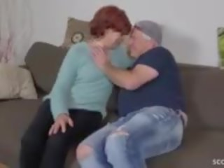 cum in de mond, grootmoeder, oma