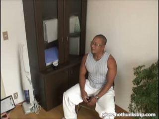 Muscular papa gros homme poilu