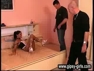 アウト doors 現代の アマチュア gipsy 女の子 gipsy-28