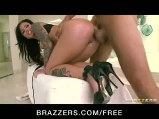 Incredibly caldi tattooed bruna christy mack oliata su per anale