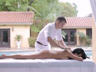 Srečen masaža therapist za ena bigtits lady