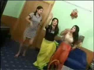 Nahý arab holky video