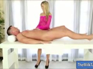 Glamour Masseuse Jessa Rhodes Blowjobs Her Clients Cock