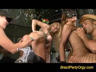 Insane gal offering blowjobs bei party