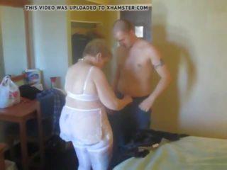 Mans pirmais laiks jāšanās mans vecmāte, bezmaksas porno 68
