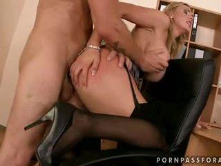 Bawdy เซ็กซี่ boobed tanya tate gets เธอ ปาก jizzed เพียงแค่ เช่น เขา asked สำหรับ