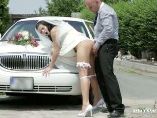 Här cums den bruden