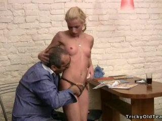 Tricky professora seducing estudante